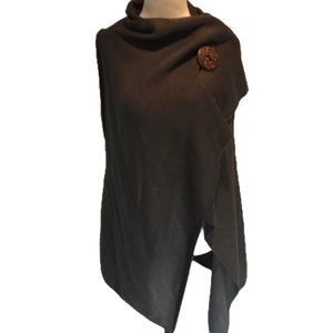 """ARTIZAN"" NWT Multifunctional grey vest/wrap."
